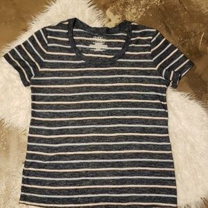 Medium striped short sleeve crew neck shirt